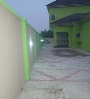 4bedroom Duplex with 3bedroom Bunga..